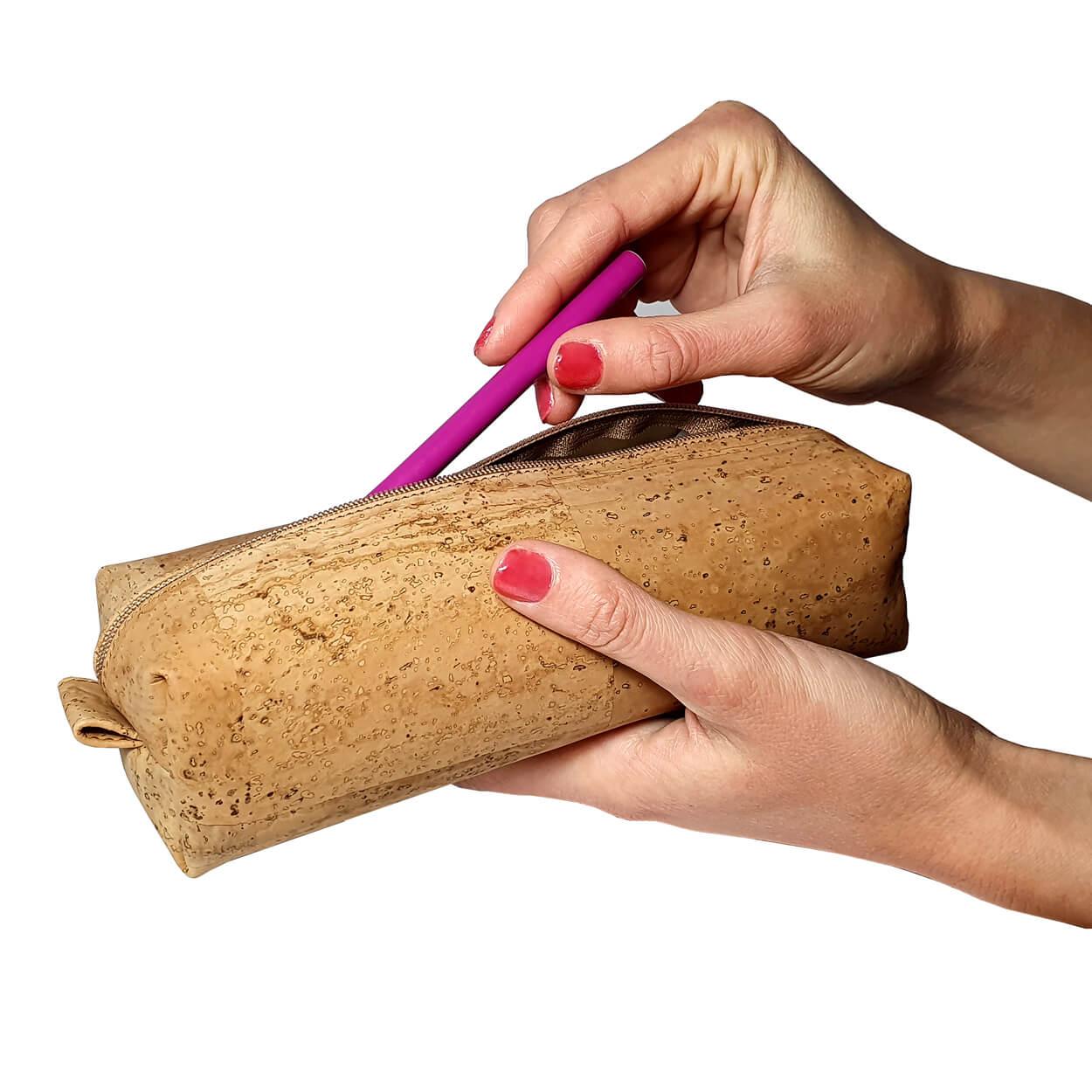 medium cork pouch